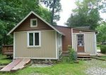 Foreclosed Home in Highland Lakes 07422 227 WAWAYANDA RD - Property ID: 4156660