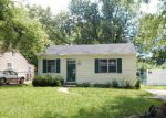 Foreclosed Home in Saint Louis 63135 290 REASOR DR - Property ID: 4157476