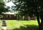 Foreclosed Home in Elizabethtown 42701 4678 SPORTSMAN LAKE RD - Property ID: 4157809