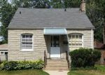 Foreclosed Home in Chicago 60617 10842 S BUFFALO AVE - Property ID: 4160344
