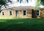 Foreclosed Home in Harrodsburg 40330 330 LONGVIEW ST - Property ID: 4161828