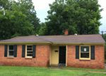 Foreclosed Home in Memphis 38122 1277 WELLS STATION RD - Property ID: 4162031