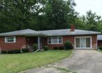 Foreclosed Home in Burlington 41005 2900 PARK ST - Property ID: 4194061