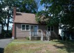 Foreclosed Home in New Britain 6053  ELAM ST - Property ID: 4198659
