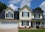 Foreclosed Home in Hope Mills 28348 5524 HALL GLEN DR - Property ID: 4199591