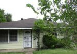 Foreclosed Home in Houston 77033 5213 BURMA RD - Property ID: 4199735
