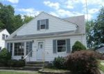 Foreclosed Home in Wickliffe 44092 29696 ROBERT ST - Property ID: 4203706