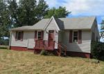 Foreclosed Home in Hubbard 44425 7743 BEDFORD RD - Property ID: 4207975