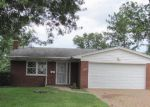 Foreclosed Home in Cincinnati 45211 4242 MARCREST DR - Property ID: 4210836