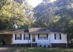 Foreclosed Home in Dickson 37055 212 NOTTINGHAM RD - Property ID: 4214510