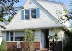 Foreclosed Home in Hempstead 11550 33 DORLON ST - Property ID: 4214689