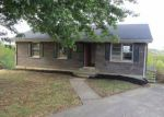Foreclosed Home in Mount Sterling 40353 328 HICREST DR - Property ID: 4217293