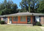 Foreclosed Home in Memphis 38118 4465 SUMNERS WELLS RD - Property ID: 4218572