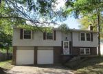 Foreclosed Home in Indianapolis 46229 2908 PAWNEE DR - Property ID: 4221111
