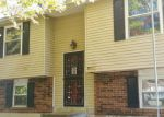 Foreclosed Home in Louisville 40272 10904 STITCH PL - Property ID: 4221768