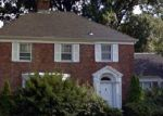 Foreclosed Home in Hempstead 11550 560 FRONT ST - Property ID: 4224981