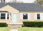 Foreclosed Home in Detroit 48219 17394 WINSTON ST - Property ID: 4230967