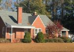 Foreclosed Home in Wallace 28466 220 W SOUTHERLAND ST - Property ID: 4232311