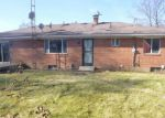 Foreclosed Home in Toledo 43607 866 INDEPENDENCE RD - Property ID: 4232357