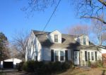 Foreclosed Home in Saint Louis 63135 19 S SCHLUETER AVE - Property ID: 4233429