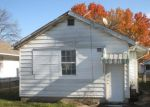 Foreclosed Home in Indianapolis 46222 946 N SOMERSET AVE - Property ID: 4233758