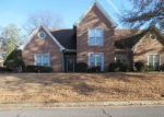 Foreclosed Home in Cordova 38016 7546 CRYSTAL LAKE DR - Property ID: 4243418