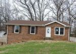Foreclosed Home in Clarksville 37042 629 LINDA LN - Property ID: 4245092