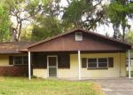 Foreclosed Home in Lake Panasoffkee 33538 2004 CR 422 - Property ID: 4254967