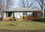Foreclosed Home in Cleveland 44134 2800 JEANNE DR - Property ID: 4256214