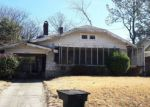 Foreclosed Home in Memphis 38104 290 N MONTGOMERY ST - Property ID: 4256395