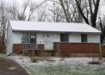 Foreclosed Home in Danville 40422 704 EAST DR - Property ID: 4260005