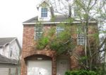 Foreclosed Home in Houston 77085 6606 ROBERSON ST - Property ID: 4260773