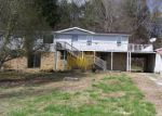 Foreclosed Home in Sparta 38583 809 CANTOWN RD - Property ID: 4264670