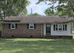 Foreclosed Home in Lawrenceburg 38464 8 MATTOX RD - Property ID: 4287867