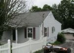 Foreclosed Home in Winchester 40391 211 LOCUST GROVE RD - Property ID: 4288100