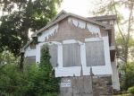 Foreclosed Home in Danbury 6811  LAKE RD - Property ID: 4289375