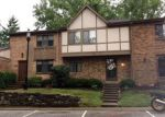 Foreclosed Home in Cincinnati 45244 417 DARTMOUTH CIR - Property ID: 4293837