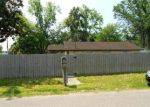 Foreclosed Home in Jacksonville 32254 5104 BENNING RD - Property ID: 4297497