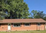 Foreclosed Home in Clarksville 37042 15 GINO DR - Property ID: 4300021