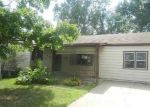 Foreclosed Home in Independence 64050 605 W COLONEL DR - Property ID: 4300890