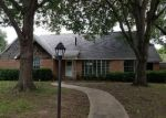 Foreclosed Home in Richardson 75080 1119 PARKHAVEN DR - Property ID: 4304872