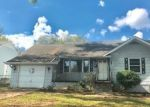 Foreclosed Home in Knoxville 37917 2419 LINDEN AVE - Property ID: 4305536
