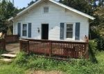 Foreclosed Home in Burgaw 28425 625 BELL WILLIAMS RD - Property ID: 4305661