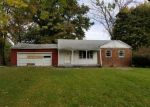 Foreclosed Home in Indianapolis 46260 2056 MAYFAIR DR - Property ID: 4309382