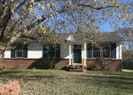 Foreclosed Home in Clarksville 37042 1495 CRAIG DR - Property ID: 4317718