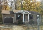 Foreclosed Home in Clarksville 37042 423 DONNA DR - Property ID: 4320013