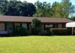 Foreclosed Home in Cantonment 32533 2011 WOODBURY DR - Property ID: 4322182