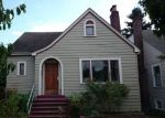 Pre Foreclosure in Seattle 98105 823 NE 57TH ST - Property ID: 939028
