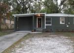 Pre Foreclosure in Jacksonville 32208 6710 HELSTON CT - Property ID: 954029