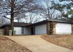 Short Sale in Memphis 38141 6034 WHISPER VALLEY DR - Property ID: 6310760